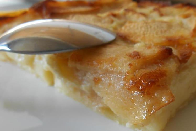 Clafoutis aux pommes et rhum
