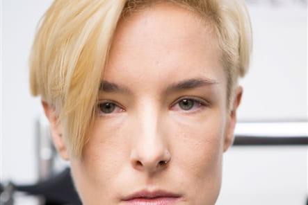 Sharon Wauchob (Backstage) - photo 9
