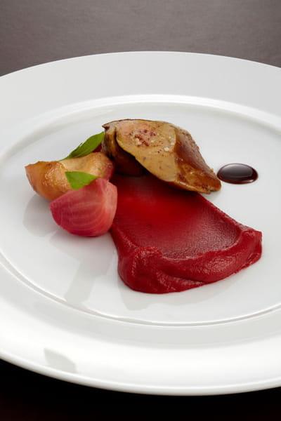 ne pas dénerver son foie gras avant de le poêler fait partie des clés du succès