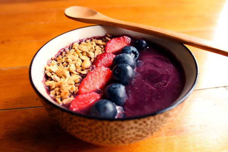 Acai bowl aux fruits rouges