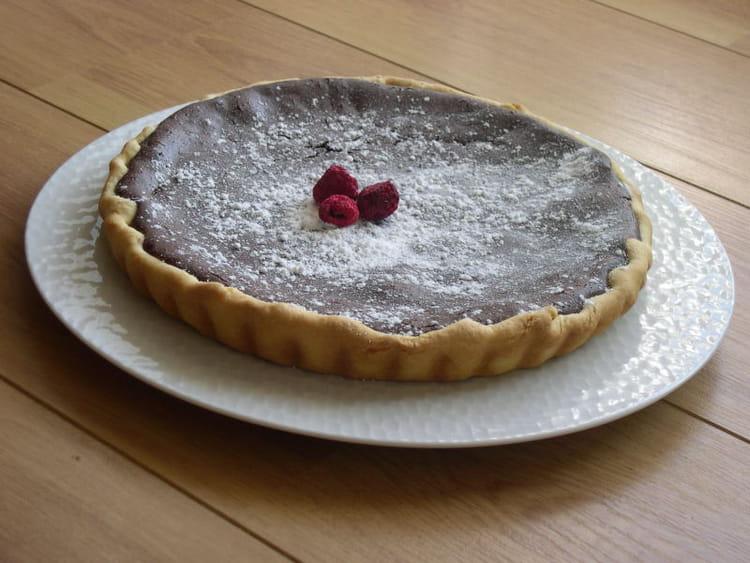 Recette de tarte au chocolat et confiture de framboises la recette facile - Tarte aux chocolat facile ...