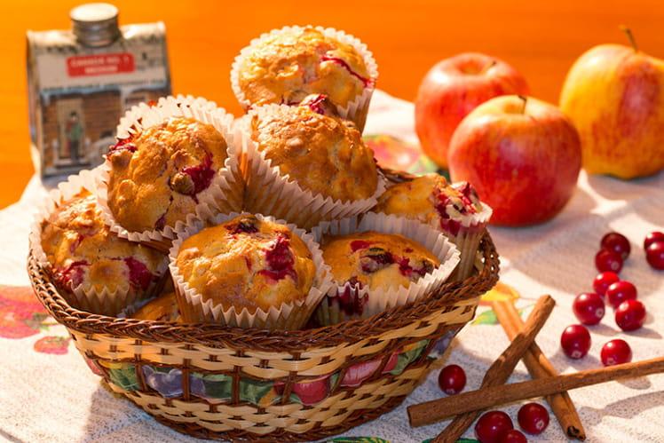 Muffins aux canneberges, pommes et sirop d'érable