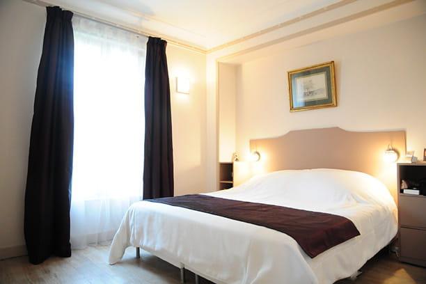 une chambre aux couleurs douces. Black Bedroom Furniture Sets. Home Design Ideas