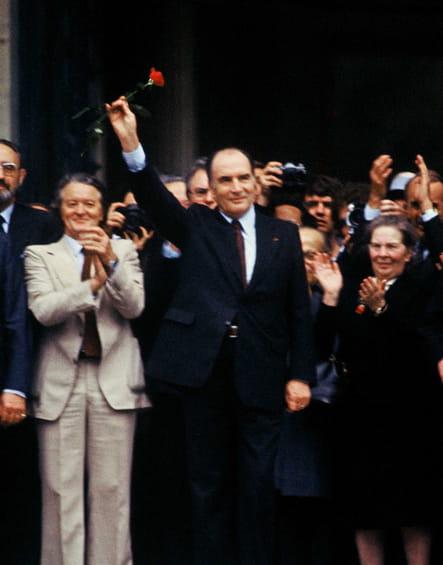 Rose et intronisation, François Mitterrand est président de la République française le 21mai 1981