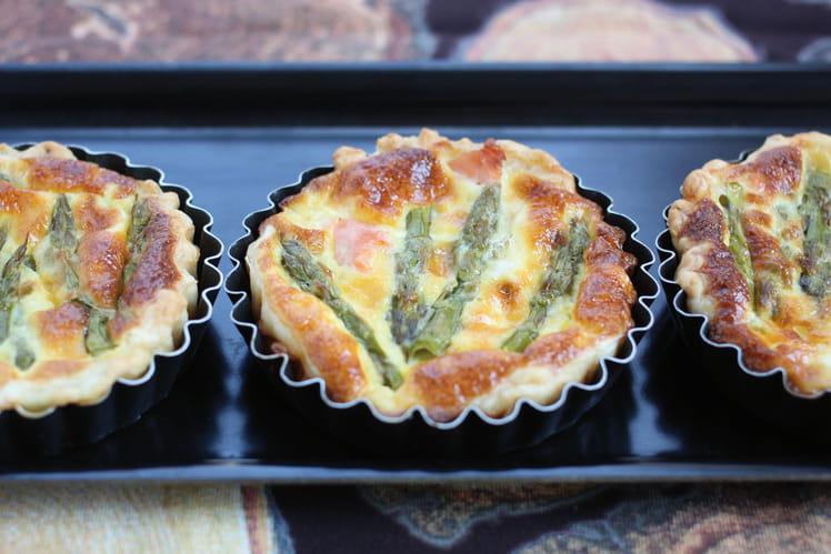 Tartelettes asperges, chèvre et saumon