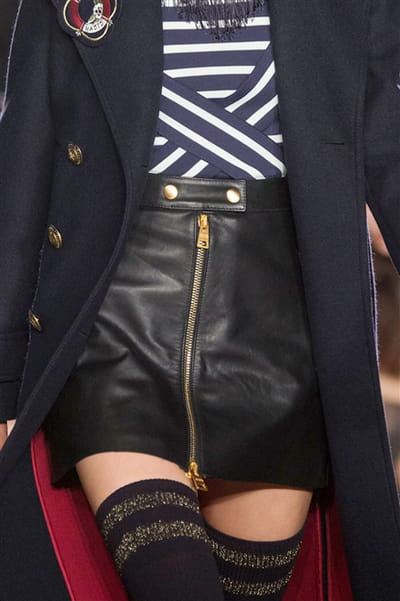 Tommy Hilfiger (Close Up) - photo 2