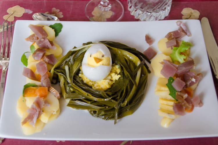 Poireaux vinaigrette et salade d'herbes