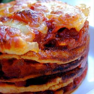 millefeuille de mini-crêpes tomates et mozzarella