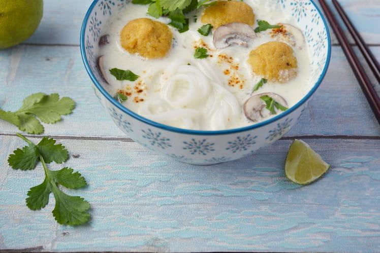 Soupe complète façon thaï