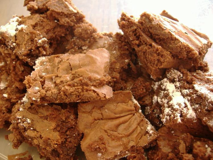 recette de brownies fondants au chocolat la recette facile. Black Bedroom Furniture Sets. Home Design Ideas