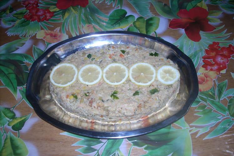 Terrine de thon aux légumes, crabe et olives vertes