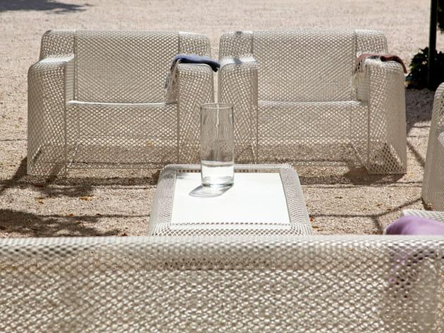 Salon de jardin transparent
