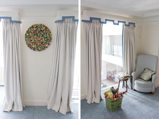 Des rideaux de châtelain dans la chambre d'enfant