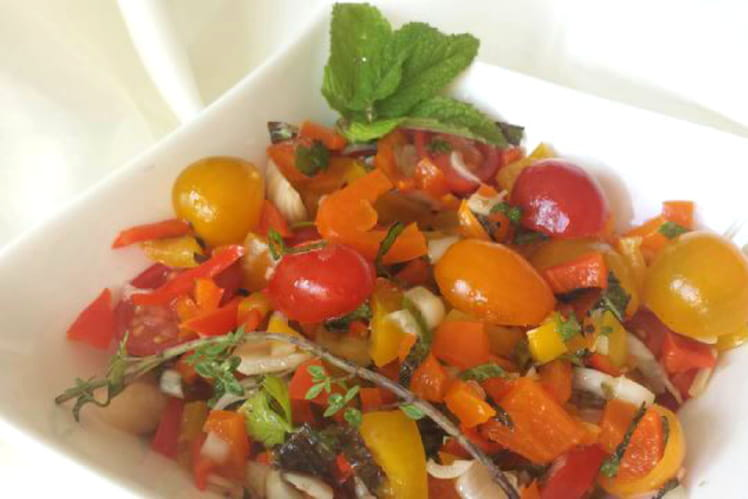 Salade marinée aux herbes