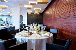 le restaurant feitoria est l'un des plus prisés de lisbonne.
