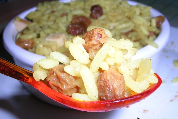 Riz à la créole et dés de poulet