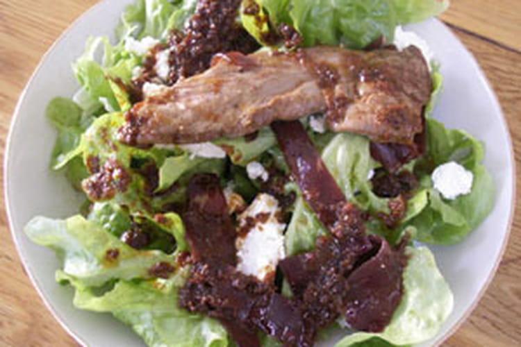 Salade d'aiguillettes de canard aux accents du Sud