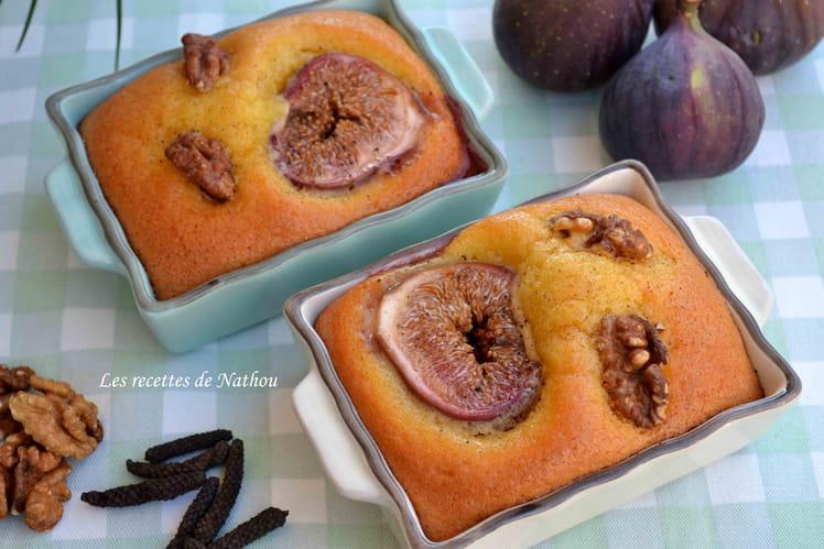 Petits cakes aux figues fraîches et noix, épicés au poivre long de Java