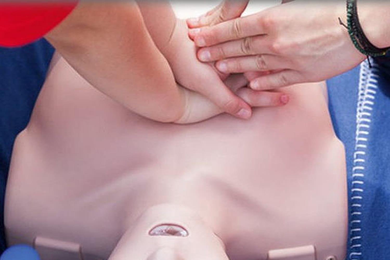 Connaissez-vous les gestes à adopter en cas d'arrêt cardiaque ou d'hémorragie ?