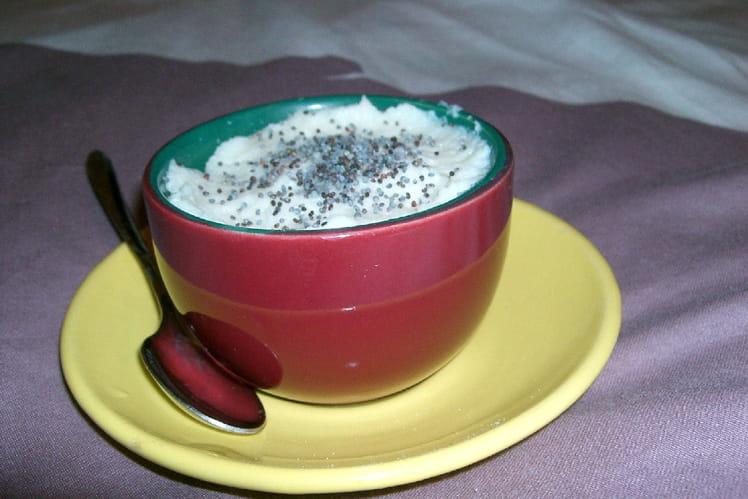Crème de chou-fleur à la ricotta et ses graines de pavot