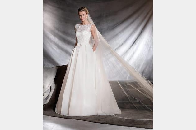 Robe de mariée Ovega, Pronovias