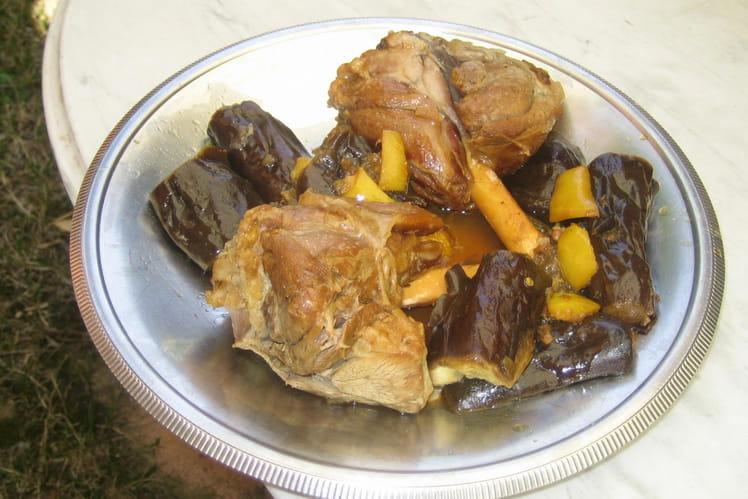 Bequets d'agneau confits aux aubergines