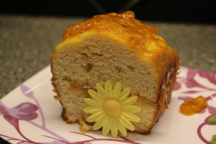 Cake au citron et marmelade d'abricot