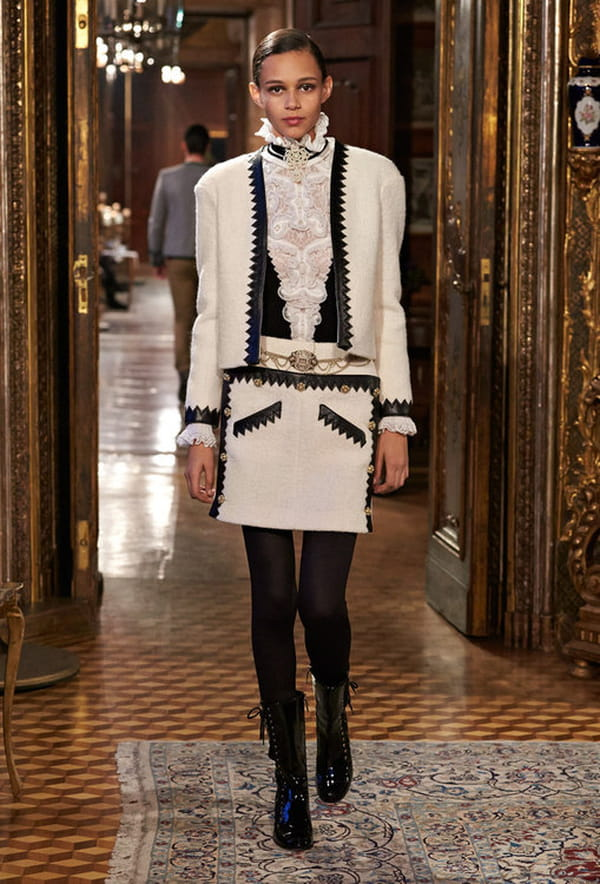 defile-metiers-d-art-chanel-paris-salzbourg