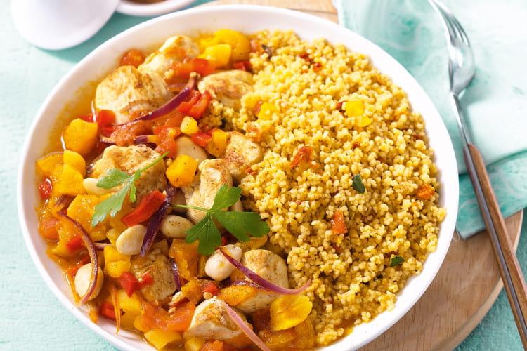Tajine de poulet aux abricots secs, petits légumes et Couscous du soleil Tipiak