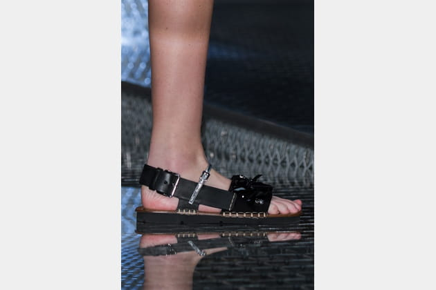 Prada (Close Up) - photo 83