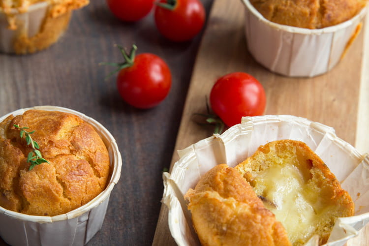 Muffins aux tomates séchées et Raclette