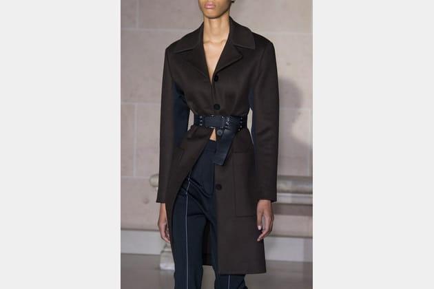 Louis Vuitton (Close Up) - photo 7