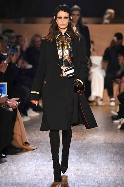 Givenchy - Automne-Hiver 2016-2017