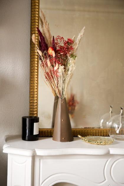 L'objet du désir: le vase en cuir Cône de Cézon Paris