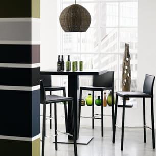 chaise de bar noire de bo concept. Black Bedroom Furniture Sets. Home Design Ideas