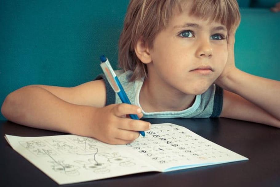 Il n'arrive pas à se concentrer en classe, que faire ?