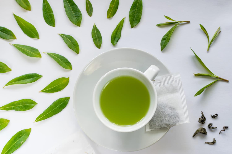 Thé vert: bienfaits et effets secondaires