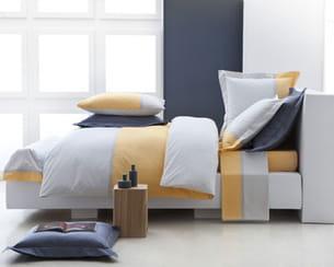 bicolore. Black Bedroom Furniture Sets. Home Design Ideas