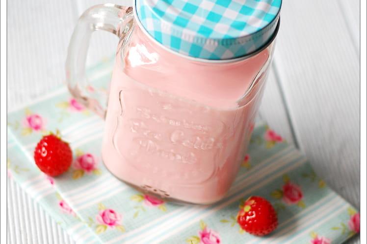 Milkshake sans lactose fraise et coco