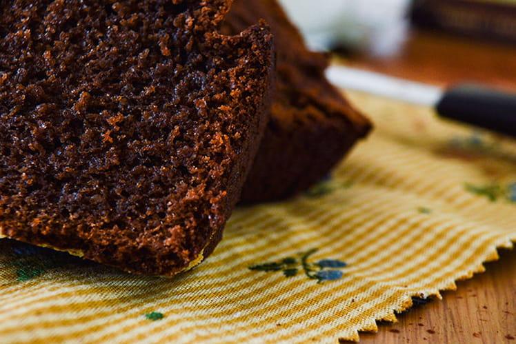Cake au chocolat, miel et poudre d'amandes