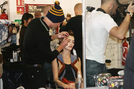 Fashion week PAP automne-hiver 2011-2012 : Dans les coulisses du défilé de Manish Arora 2