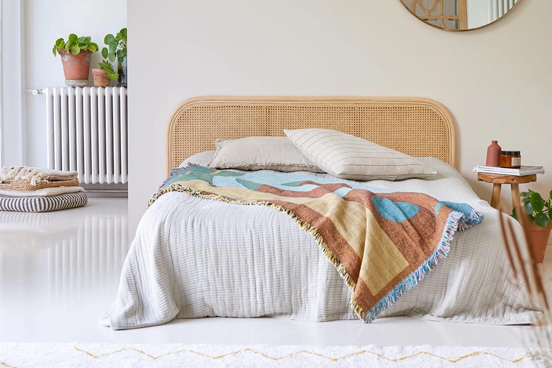 Tête de lit en rotin: neuve ou d'occasion, où la trouver?