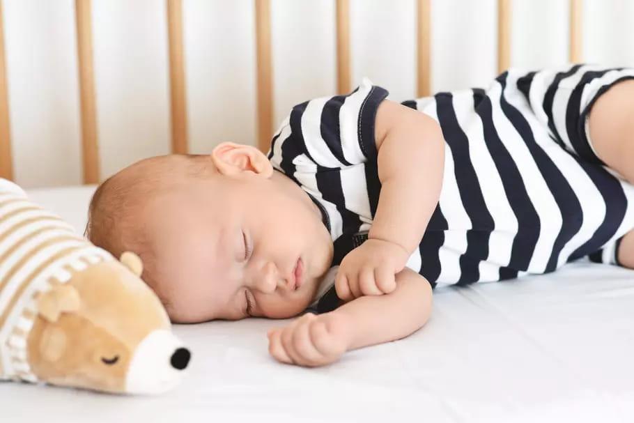 Bruit blanc: une technique pour aider bébé à s'endormir?