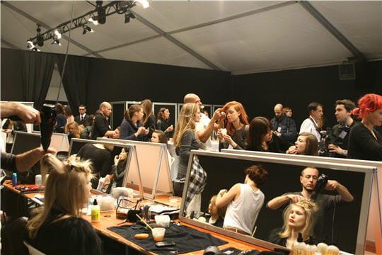 Fashion week : défilé Guy Laroche, prêt-à-porter automne-hiver 2011-2012 coiffure et maquillage