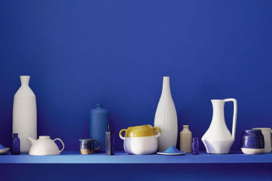 Little greene explore les nuances de bleu - Nuances de bleu peinture ...