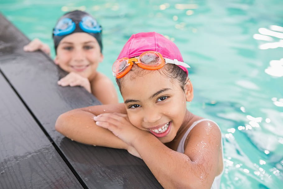 Des cours gratuits pour apprendre à nager !