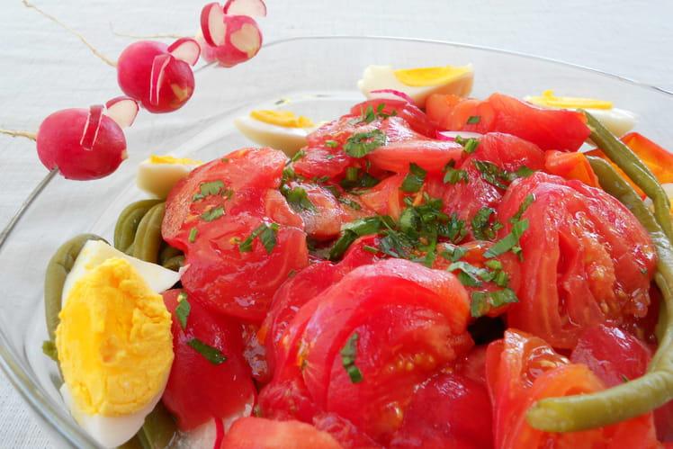 Salade de tomates estivale