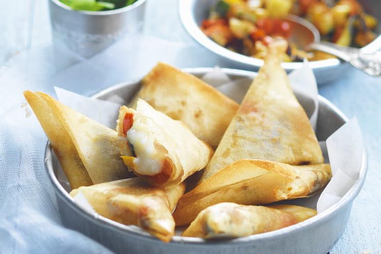 Samossas aux légumes grillés, épices douces et bûche de chèvre Chavroux