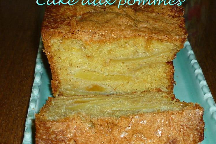 Cake aux pommes crousti-moelleux