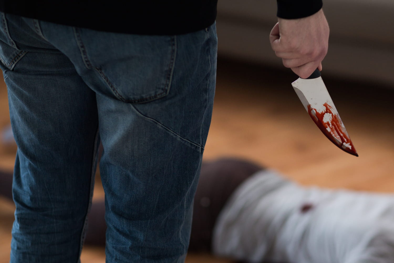 Une femme de 26ans tuée: le père du suspect a donné l'alerte